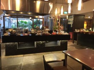 Dining room ~ Breakfast