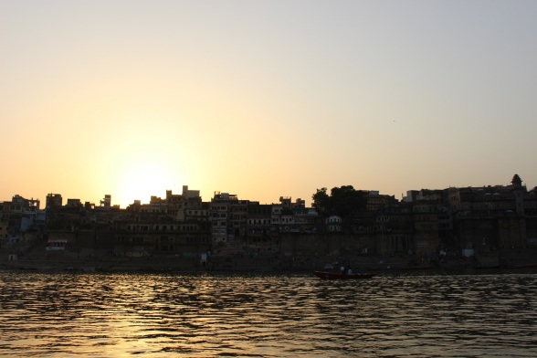 du lich varanasi an do 18